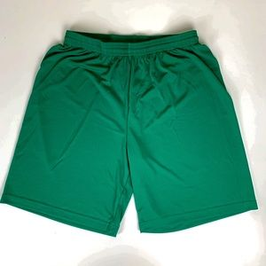 ALO MEN'S GREEN PERFORMANCE SHORTS SIZE SMALL